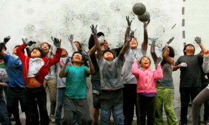 Mastrovito, quell'opera d'arte prendendo a pallonate un muro