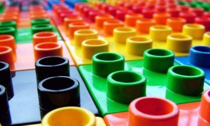 Otto incredibili mondi fatti di Lego