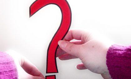 Le dieci domande del Pd e i dieci sì (con distinguo) del M5S