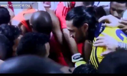 Il video di Mario Yepes che carica la Colombia