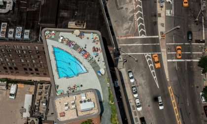 Sui tetti di Manhattan piscine e giardini segreti