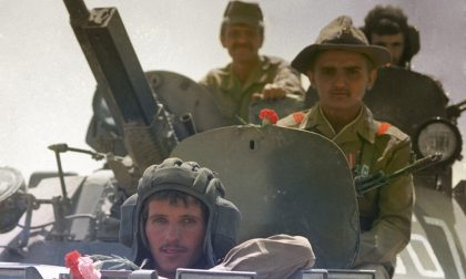 Gaza, la tregua regge Israele ha completato il ritiro