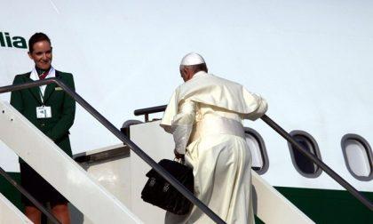 Per la prima volta un Papa sorvola il cielo della Cina