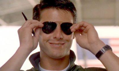 È ufficiale: gli occhiali da sole ci fanno più belli e misteriosi