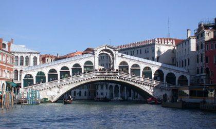 Le ragioni per cui il ponte di Venezia costerà così caro a Calatrava