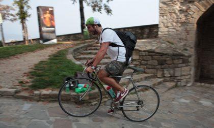 Ciclopi Race tra le vie di Bergamo Una caccia al tesoro su due ruote