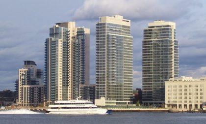 Perché un grattacielo di New York ha ingressi divisi per poveri e ricchi