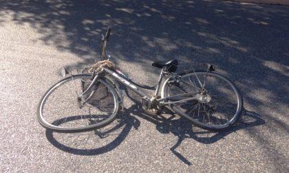 Anziana travolta mentre era in bicicletta a Gorle, ricoverata con un grave trauma cranico