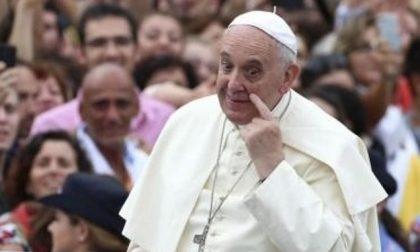 """L'attacco del Papa al clericalismo e la via delle """"poche minime cose"""""""