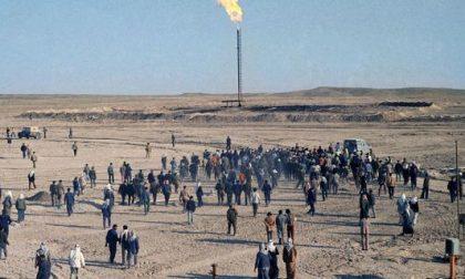 Ha un volto il boia dell'Isis Gli sporchi affari col petrolio