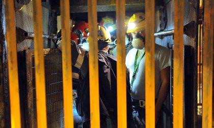 «Così sono riuscito a non lavorare» Ex minatore spiega, poi ritratta