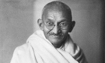 Le lettere (mai arrivate) che Gandhi scrisse a Hitler