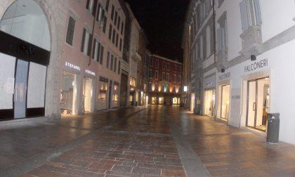 Bergamo, 30 settembre ore 21  il centro è già andato in letargo