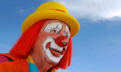 """Floyd """"Creeky"""" Creekmore il clown più longevo del mondo"""