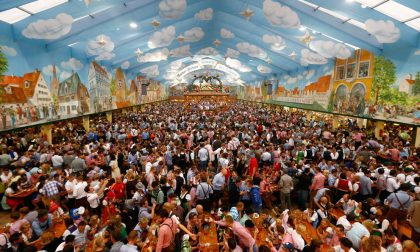 Oktoberfest, in alto i boccali