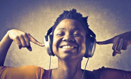 I secchioni ascoltano Beethoven e tutti gli altri invece…