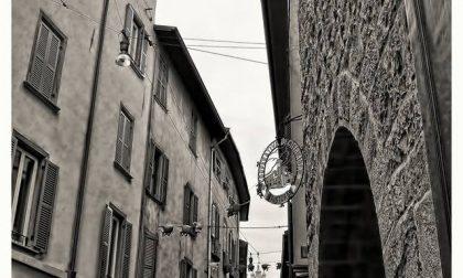 In bianco e nero – Armando Genovese
