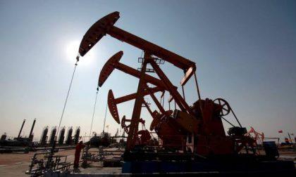 Tutto quel che c'è da sapere sul crollo del prezzo del petrolio
