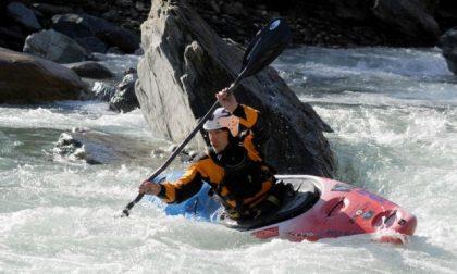 Francesco Salvato e il suo kayak Il campione delle acque bianche