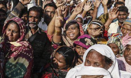Pakistan, due giovani cristiani bruciati vivi in una fornace