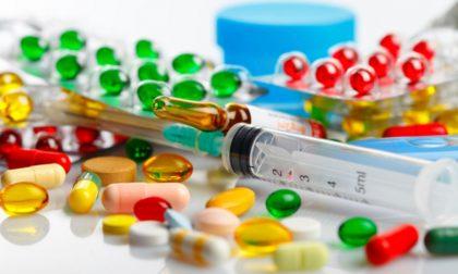 A quale ora della giornata è bene assumere farmaci (e perché)