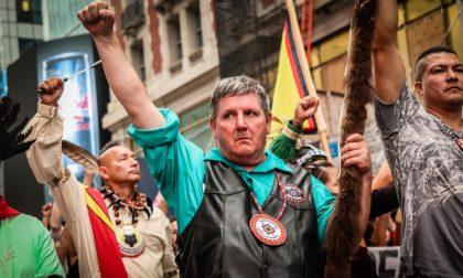 I Sioux dissotterrano l'ascia contro la minaccia dell'oleodotto
