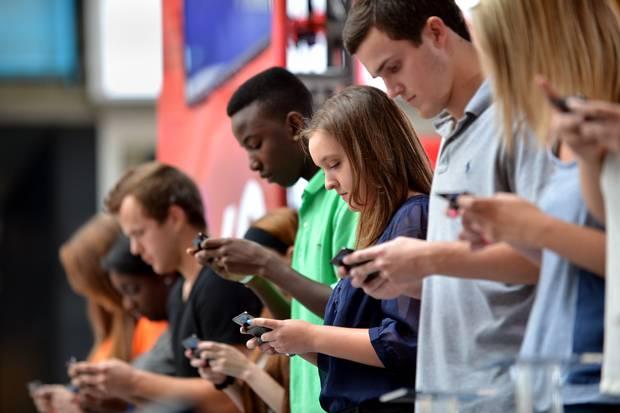 Whats-TTT-Teenage-Texting-Tendonitis