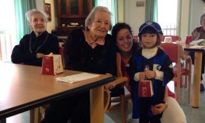 L'abbraccio a anziani e malati del Club Tribulina Gavarno