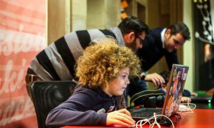Al Tag dove i bambini imparano a programmare storie al computer