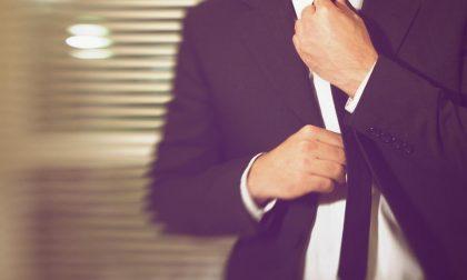 Come fare il nodo alla cravatta (scritto da uno che non sa farlo)