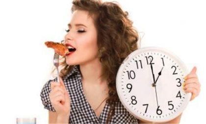 Altro che dieta, per dimagrire basterebbe guardare l'orologio