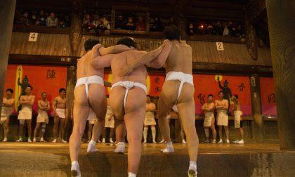 In Giappone c'è un festival con novemila uomini nudi