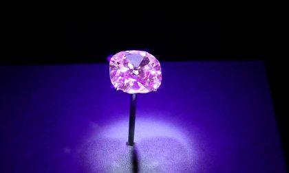 L'intricata storia del diamante rosa che appartenne a Renato Angiolillo