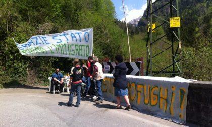 L'arrivo dei profughi a Roncobello