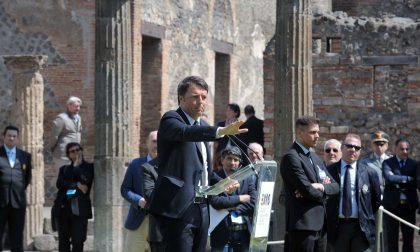 La visita di Renzi a Pompei vista e ironizzata da Twitter
