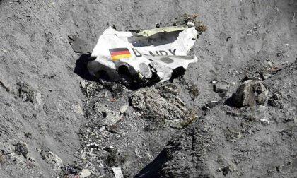 Cinque notizie che non lo erano Una sulla tragedia Germanwings