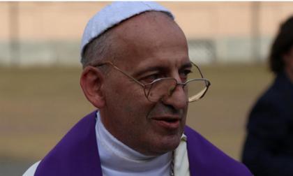 Papa Francesco e altri sosia Al mondo ognuno ne ha sette