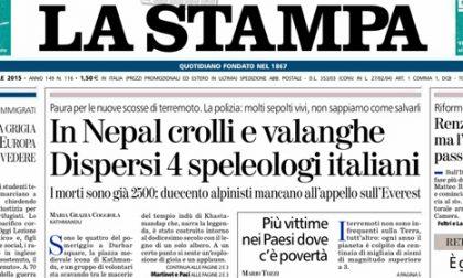 Le prime pagine di oggi lunedì 27 aprile 2015