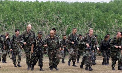 L'esercito del Texas contro Obama E tutto per un complotto dal web