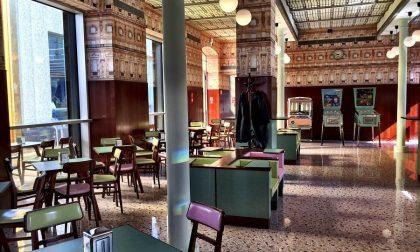 Il Bar Luce di Prada a Milano Proprio un Grand Budapest