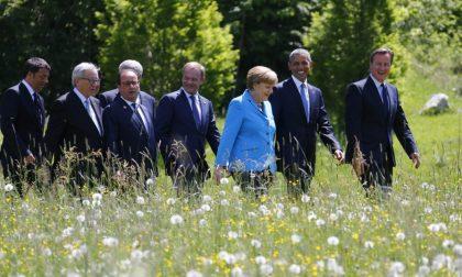 Cinque notizie che non lo erano C'entrano Renzi, Merkel e Celentano