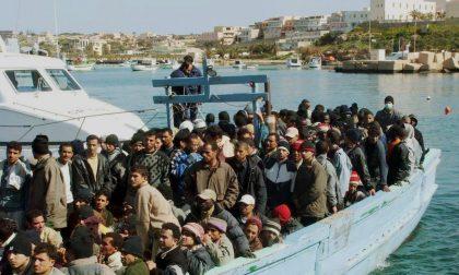 Maroni fa il Salvini sui migranti e si scatena un gran polverone