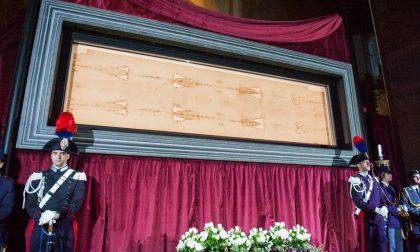 10 notizie di cui parlare a cena Il Papa porta i clochard alla Sindone