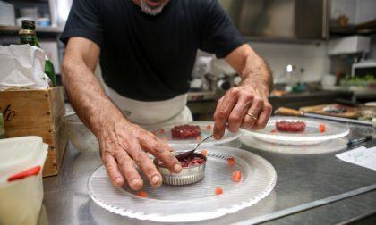 Regione Lombardia scrive al Governo: «I ristoranti restino aperti fino alle 22»
