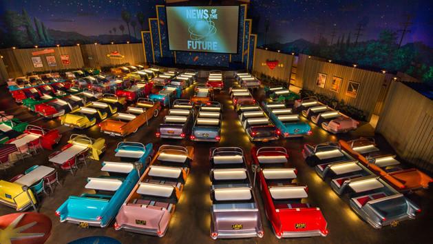 sci-fi-dine-in-theater-00