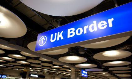 Gli immigrati dell'Inghilterra sono anche i giovani italiani