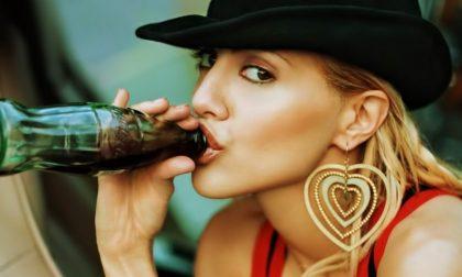 Che cosa succede al nostro corpo quando beviamo Coca-Cola