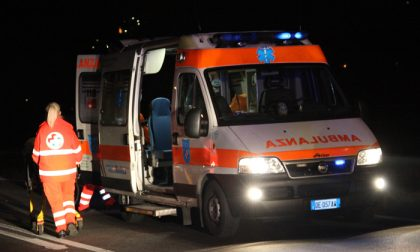 Giovane guardia giurata si tuffa in un canale a Nembro per salvare una ragazza