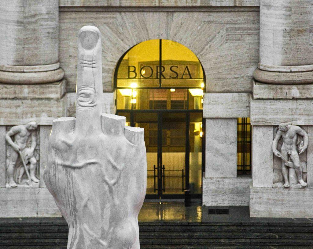 Borsa piazza affari dito medio Cattelan