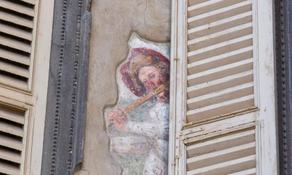 Chi ci spia dai muri di Bergamo?